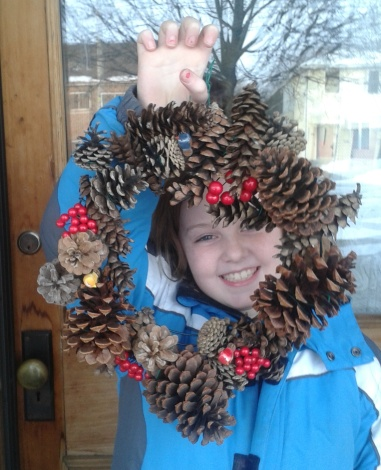 6 CONE WREATH made with Daddy